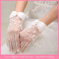 Wholesale Low Price In Promotion Full Long Finger Bow Tulle Bridal Gloves Beaded Wedding Dresses Gloves Accessories Cheap In Stock
