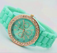 Precio de Gifts-Nuevas llegadas !!! artículos de lujo de la señora marca de fábrica GENEVA de la manera mercancías color de rosa del oro Reloj de la jalea del silicón del cuarzo del diamante para el regalo de boda de las mujeres