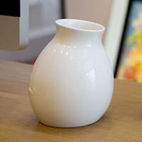porcelain vase - BENCHER Modern porcelain fashion mesa small vase white simple home vase creative decoration A618