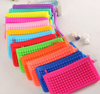 Wholesale Charm color silicone single transverse zipper multifunction handsets makeup bag Coin Purse Coin Bag with silicone pendant Women Candy bag
