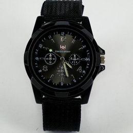 2017 reloj del ejército suizo deporte militar Reloj militar suizo de lujo Reloj analógico SWISS ARMY logo Nylon band Relojes TRENDY SPORT MILITARY Reloj de pulsera para hombre reloj 6 color reloj del ejército suizo deporte militar baratos