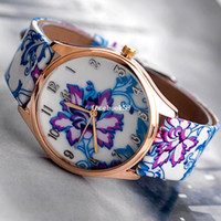 Wholesale DHL New Fashion quartz wristwatch Colors leather band design Women Geneva jewelly flower Watch