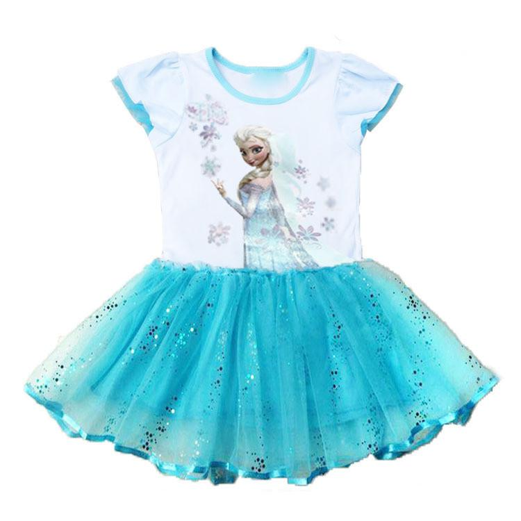 Playing the 'Frozen Baby Care' game for girls you ladies are getting the unique chance to spend the day with the adorable baby Elsa or with the sweet baby Anna, change their diapers and dress them up as cute as possible, how cool is that??