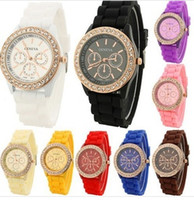 Casual crystal watches - Colorful Fashion Shadow Geneva Crystal Diamond Jelly Rubber Silicone Watch Unisex Men s Women s Quartz Candy Watches