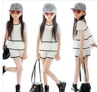 Girl Summer Short 2014 Summer New Arrival Children Leisure Striped Chiffon 2pcs Outfits Kids Cute Lace Sets Young Girls Short Sleeve Tee Shirts + Shorts I0998