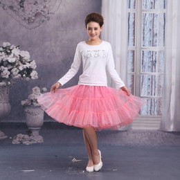 Wholesale Short Three Layers Hoopless Petticoat Pink Mini Length Lovely Bridal Petticoat