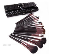 Wholesale 18pcs Makeup Brushes Set Animal Hair Professional Cosmetic Make Up Brushes Makeup Brushes Kits High Quality Makeup Brushes Two Colors