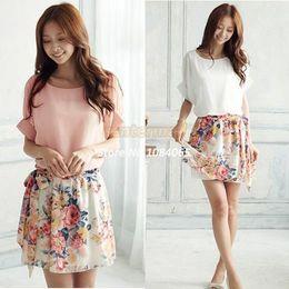 Korean women s dress à venda-2014 Coreano Plus Size Vestido De Sweety Mulheres Floral Mini Vestido De Chiffon Plissado Curto Verão Vestido Novo 14510