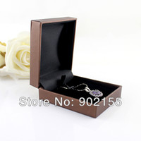 Wholesale Jewelry Box Fashion Rectangle Brown Waterproof Paper Packaging Bracelets Or Necklace Gift Boxes for Women Jewelry