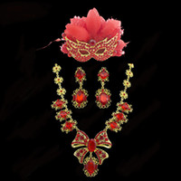 Wholesale TL029 bridal jewelry Feather mask butterfly necklace earrings set three piece retro style party