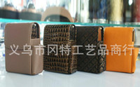 Rectangular   Leather cigarette case easy to carry a variety of styles