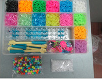 Wholesale Rainbow Loom Kit Clear Plastic Box for Kids DIY bracelets New Arrival Beautiful Bracelet Come With clips charms mix beads