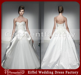 Wholesale Pnina Tornai Wedding Dresses New Design Sweetheart Neckline Sweep Tain Zipper Embroidery Ivory Satin Unique Ball Gown Wedding Dresses