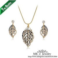 Bracelet,Earrings & Necklace Women's Party Wholesale-High Quality Copper Leaf Necklace Earrings Dubai 18K Gold Plated Costume Jewelry Set 2013 Free Shipping