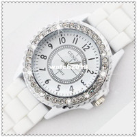 Wholesale Women watches Geneva Crystal Watch Jelly Gel Silicon Girl Women s Quartz Wrist Watch Candy Colors Hot sale