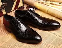 Wholesale Designer Dress shoes Men Wedding shoes Luxury snake Leather cusp lace up Dress shoes Eu38