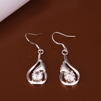 Wholesale Valentine s Day Gift Silver Fashion Cute Diamond earrings jewelry Ladies Earrings pairs