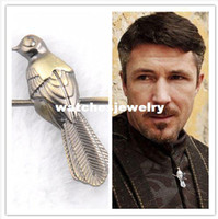 Unisex berry pins - New Popular Vintage Song of Ice and Fire Game of Thrones little finger Berry seats Mockingbirds Pin Brooch Men Pin DY023