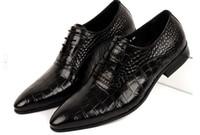 Wholesale Hot true cowhide imitation alligator grain high end men s dress shoes British tide pointed business shoes wedding shoes