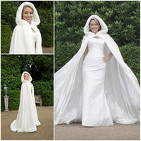 Faux fur jackets Цены-Зимняя Свадебная накидка-Кейп с капюшоном с искусственной меховой отделкой длинные для невесты атласная куртка выполненный на заказ размер или цвет, то PLS связаться с продавец