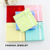 Wholesale New Design Hot Selling Fashionable Colorful Paper Graceful Bracelet Jewelry Box Gift Package