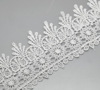 Cheap Free Shipping 5 Yards White Stretch Floral Terylene Lace Edge Trim Embellishment Handmade DIY Decorative For Wedding Dress