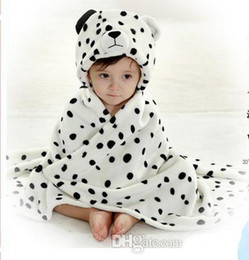Wholesale Fashion New Cute baby s blanket cute Snow leopard design hooded black white