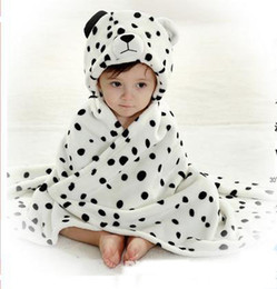 Wholesale Hot Sale Spring and Autumn Children s Blankets baby s blanket cute Snow leopard design hooded black white