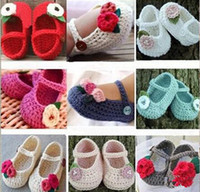 Unisex mary jane - Fashion Mary Jane crochet shoes to year old neonatal soft bottom toddler shoes Lovely flowers wool knitting baby shoes pair