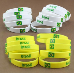 Wholesale Best Price Brazil World Cup Football Sports Souvenir Bracelet Silicone Silicon Gel Wristband Bracelets