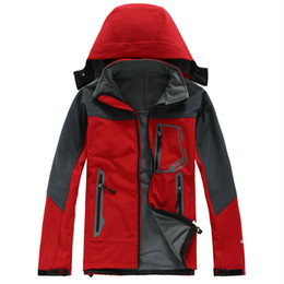 Wholesale Mens Windstopper Waterproof Apex Bionic Fleece Softshell Jacket Brand New fashion outdoor coat Can Mix red