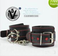 Wholesale Bondage BDSM Sex Toys Female Black Leather Wrist Handcuffs Heart shaped Straps Bondage Body BDSM