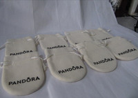 Wholesale The Pandora Jewelry Pouches Pandora Velvet Bags Pandora Paper Handbag Bracelets Pouches Earing Pouch Beads Pouches Velvet Pouches