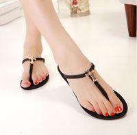 Wholesale Popular Colors Plastic Flip flops Metal Cross Decoration Women s Fashion Dress Shoe Lady s Sandals Slipper