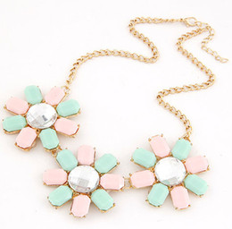 Charming Korea Style Fashion Luxury Women Bib Acrylic Beaded Choker Candy Colours Flowers Statement Necklaces Gold Chain S906841