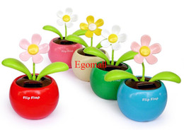 Wholesale Novelty Toys Car Decor Flap Flip Solar Powered Flower Flowerpot Swing Solar Dancing Toy Ornaments
