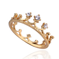 b crown - 18K Plated Gold Band Rings European Style Crown Rhinestone Copper Finger Rings Jewelry For Women Wedding Presents J1460 J B