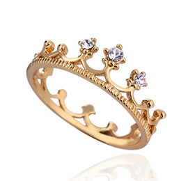 Wholesale 18K Plated Gold Band Rings European Style Crown Rhinestone Copper Finger Rings Jewelry For Women Wedding Presents J1460 J B