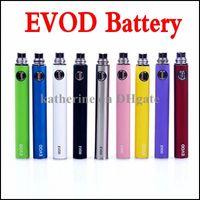 Электронная сигарета эга EVOD Батарея 650mAh 900mAh 1100mAh EVOD Аккумуляторная батарея для МТ3 CE4 CE5 СЕ6 Электронная сигарета E сиг Kit Красочные батареи Instock