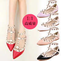 Wholesale lady woman fashion shoes Pointed toe sexy shoes rivet shoes dress shoes for gradutation wedding party and happy occasions