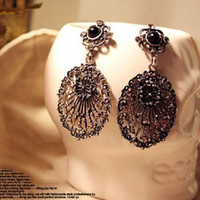 Wholesale 2014 NEW Fashion Diamond Hollow Retro Flower Antique Stud Earrings Jewelry