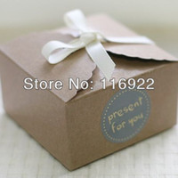 Wholesale Kraft Brown Paper Scalloped Small Box Wedding Party Favor Soap Cake Macaron Cookie Packaging Gift Box
