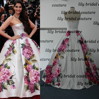 Reference Images Sweetheart Satin 2015 Fashion Ball Gown Satin Celebrity Evening Dresses Inspired by sonam kapoor poses Myriam fares with Rose Print and Strapless Neckline