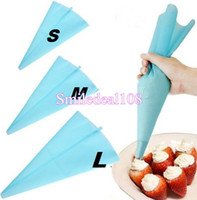 Wholesale 3Size Silicone Cake Pastry Bag Icing Cream Piping Bag Reusable Cupcake Decorating Sugarcraft Cake Tools