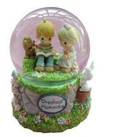 Wholesale Promotion delicate toys two lovers music box snow globe snowflakes birthday gift