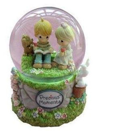 Promotion delicate toys two lovers music box snow globe snowflakes birthday gift free shipping