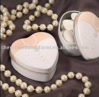 Cheap Wholesale - wedding favor--Dressed to the Nines - Wedding Dress Mint Tin which is used as candy packing