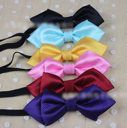 Wholesale Hot Selling New Design Children Solid Glossy Bow Ties Baby Fashion Neckbow Kids Multi colored Printed Tuxedo Formal Suit Bow Tie I1375