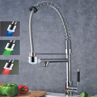 Wholesale High quality Kitchen Sink Faucet Chrome Color Changing LED Pull Out spray