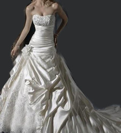 Wholesale Ball Gown Ivory wedding dresses Wedding gown white satin wedding dress buy get free long veil Romanticweddinggown